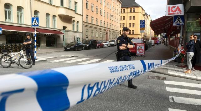 İsveç'te sürücü kamyoneti yayaların üzerine sürdü