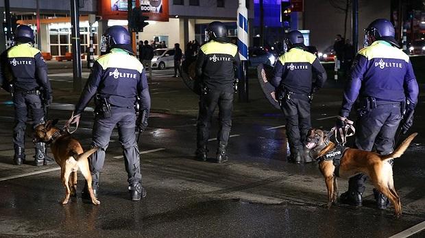 Dünyadan Hollanda'nın skandal tavrına tepkiler