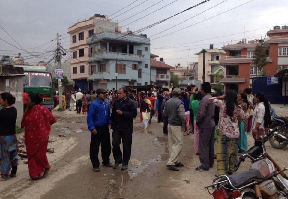 Nepal'DE 7,9 büyüklüğündeki deprem