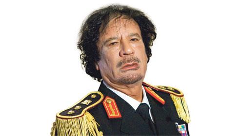 Kaddafi Sarkozy'inin Mercedes'iyle kaçtı!
