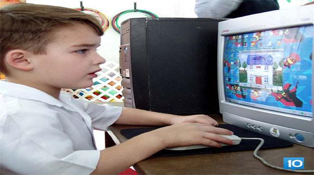 Yazın çocuğunuzu bilgisayar oyunlarına terketmeyin