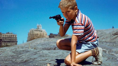 Oyuncak Silahlara Dikkat