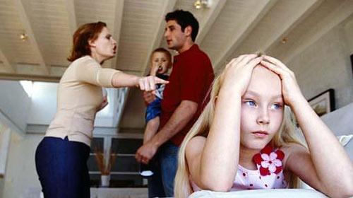 Çocuğunuzun Yanında Tartışmayın