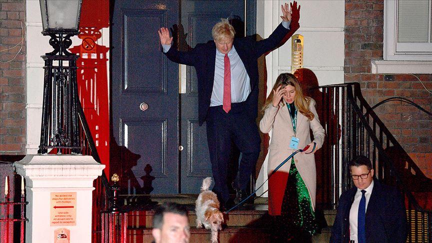 İngiltere'de Muhafazakar Partinin tek başına iktidara geldi