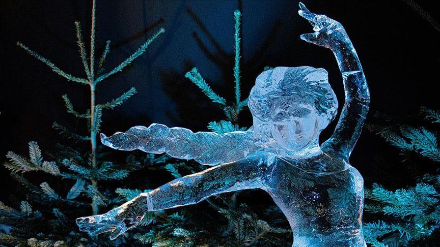 'Buzdan Heykeller' festivali başladı