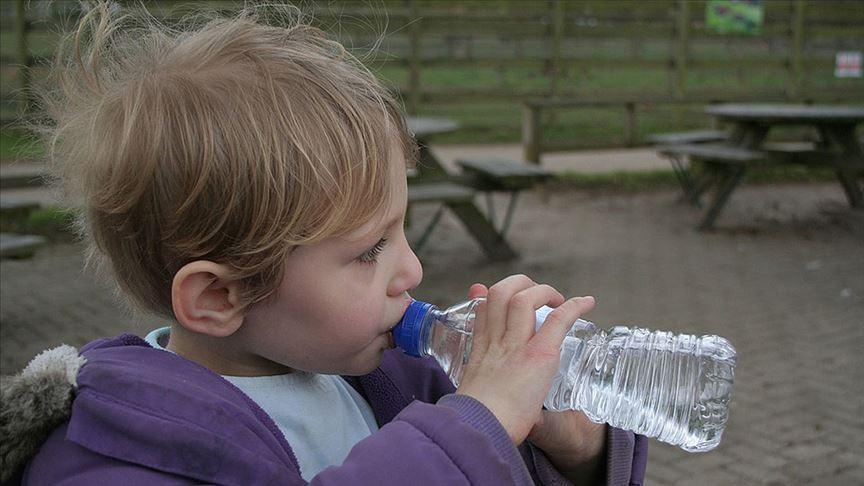 Araştırmalara göre çocukların günlük su tüketimi yetersiz