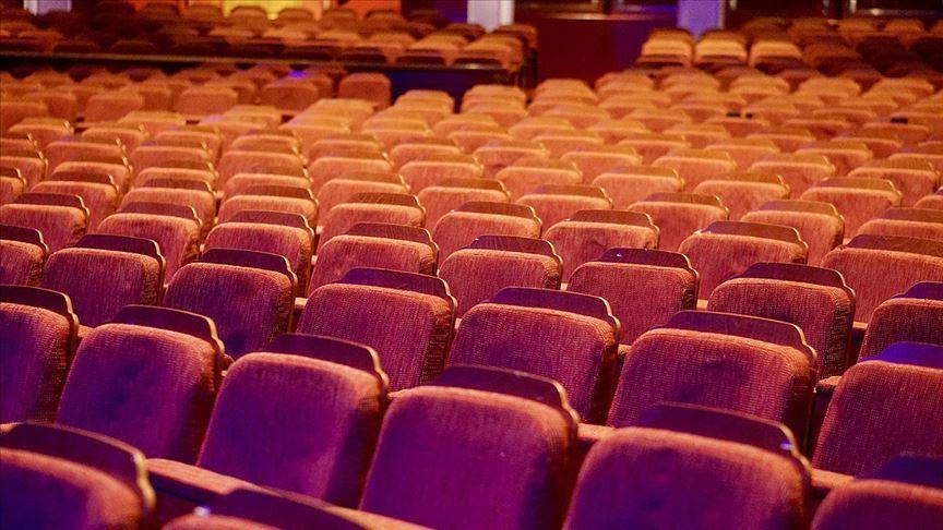 Devlet Tiyatrolarının yerli oyunlarında biletlerin yüzde 95'i satıldı