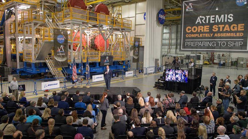 NASA Ay görevinde kullanılacak roket platformunu sergiledi