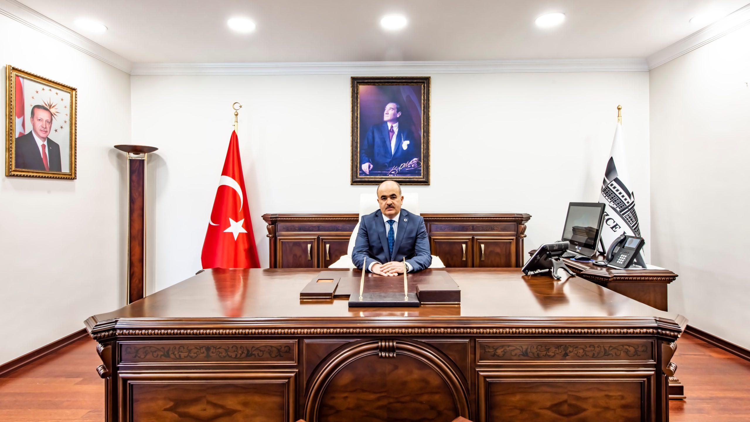 Düzce valisi Dr. Zülkif Dağlı kimdir? Dr. Zülkif Dağlı biyografi