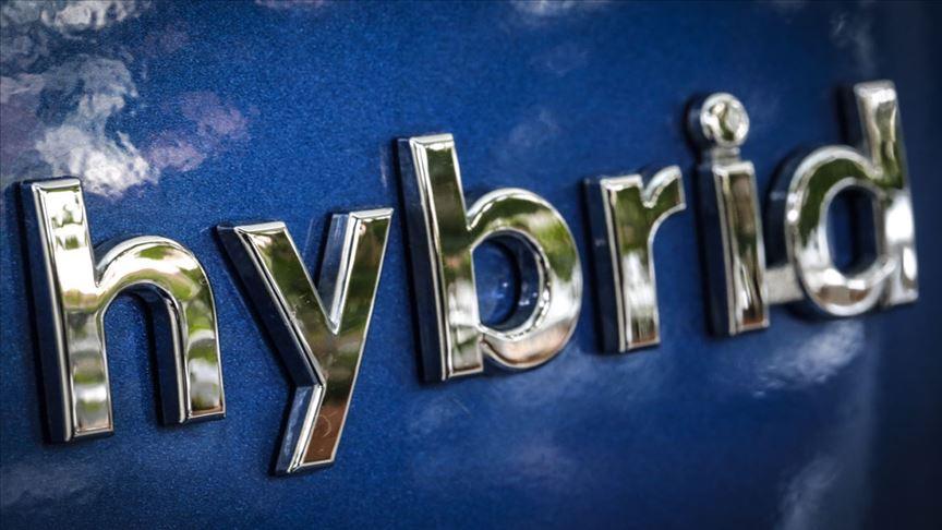 Elektrikli ve hibrit otomobil sayısı bir yılda üç kat arttı