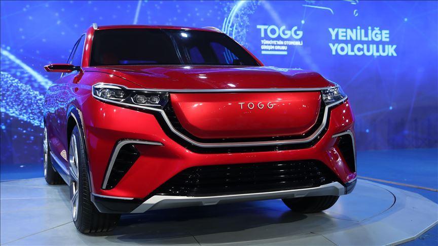 İtalyan küratör Luca Molinari'den Türkiye'nin Otomobili'ne tasarım övgüsü
