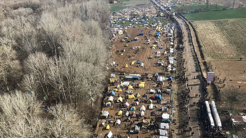 İçişleri Bakanı Soylu Yunanistan'a geçen sığınmacıların sayısını açıkladı