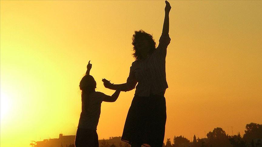 Araştırmalara göre kadınlar daha mutlu