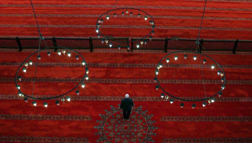 'Salgının ramazana rastlaması insanı dinin özünü aramaya yönlendirdi'