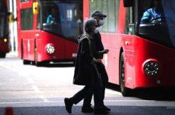 İngiltere'de 'hayatın normale dönmesi için plan hazırlandığı' iddia edildi