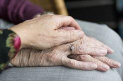 Kovid-19'a karşı yaşlı sağlığının korunmasında kalabalık ailelere uyarılar