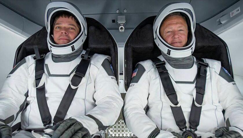 Astronotlar SpaceX'in insanlı test seferi için karantinaya girdi