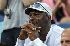 Michael Jordan'ın imzalı ayakkabısı 560 bin dolara satıldı