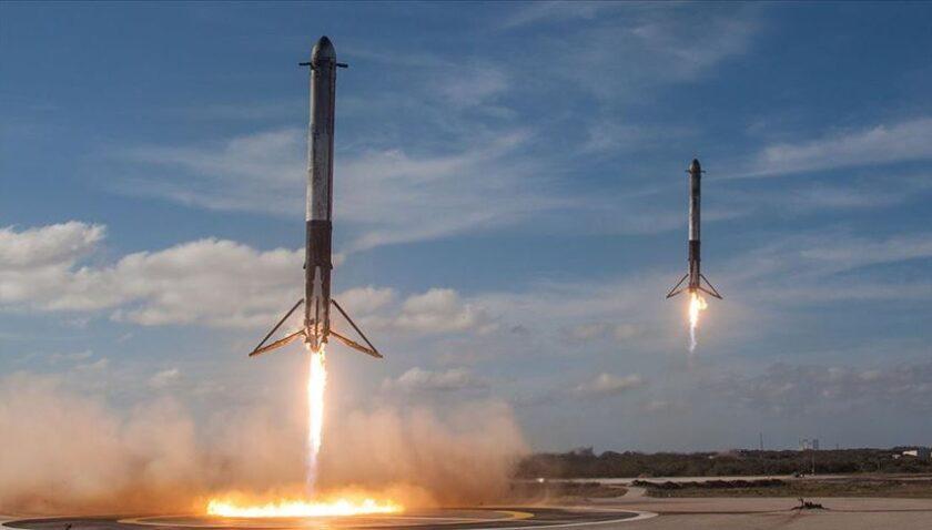 SpaceX'in personel taşıyıcı mekiği Starship'in ilk ateşleme testi yapıldı