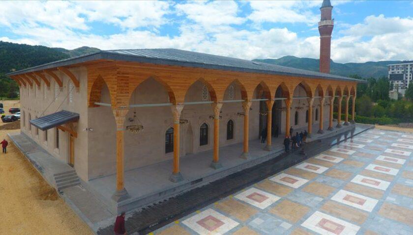 Küllerinden doğan Selçuklu mimarisi: 'Paşa Camii ve Külliyesi'