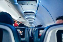 Uçakta salgından uzak yolculuk için uzman tavsiyeleri
