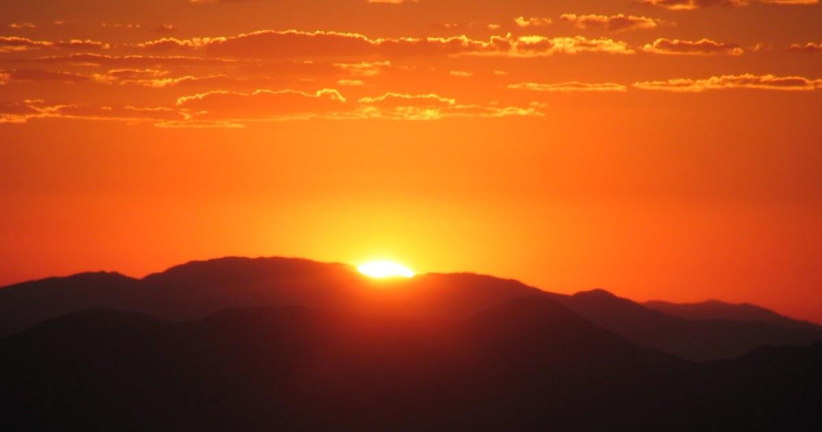 Güneşin doğarken ve batarken kırmızı görünmesinin sebebi nedir?